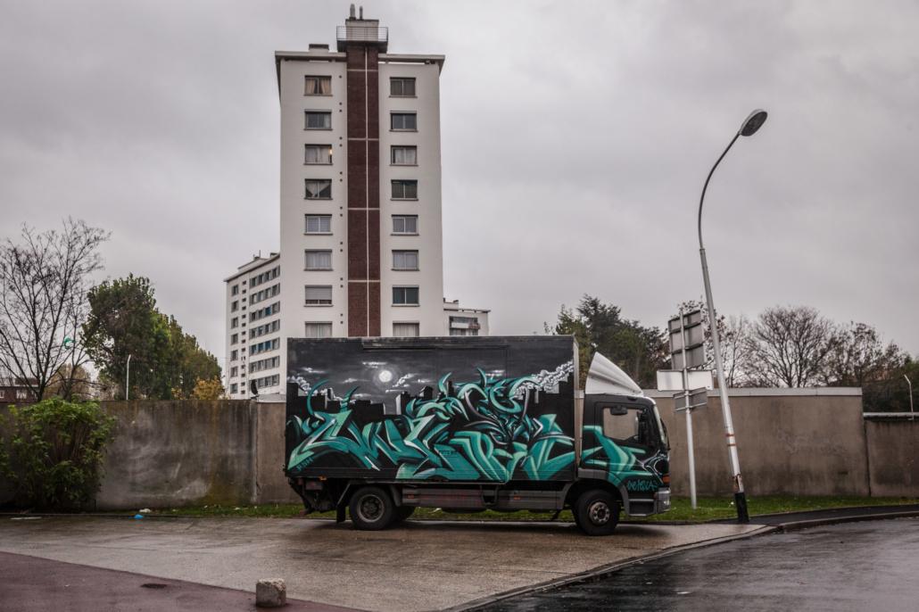 camion_graffiti_street_art_tag_manolo_mylonas_photographie_banlieue_paris_paysage_urbain_humain_seine_saint_denis201